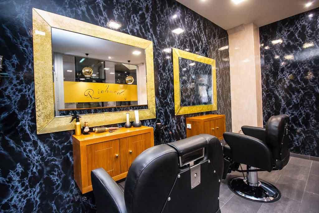Richard 39 s barber a peluquer a masculina en la coru a - Salones de peluqueria decoracion fotos ...